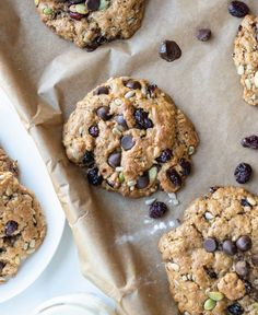 These cookies are loaded with oats, fruit, and seeds, meaning that they pack in just as much nutrition as they do sweetness. #monstercookies #glutenfreemonstercookies #dairyfreemonstercookies #howtomakemonstercookies Quick Healthy Snacks, Healthy Treats, Healthy Desserts, Healthy Breakfasts, Clean Recipes, Whole Food Recipes, Snack Recipes, Breakfast Cookies, Breakfast Club