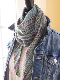 Crochet Socks, Crochet Yarn, Knitting Socks, Free Knitting, Knitting Basics, Simply Knitting, Finger Knitting, Knitted Slippers, Knitting Machine