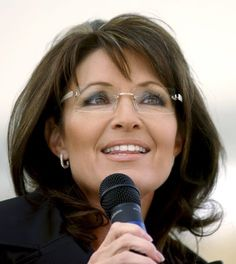 Glasses Sarah Palin 27 Men's Undercuts That Will Awaken You Sexually Warby Parker Winter Collection 23 Hombres guapos con anteojos que van a satisfacer todas Glasses For Round Faces, New Glasses, Best Eyeglasses, Eyeglasses For Women, Blonde With Glasses, Lunette Style, Rimless Glasses, Sarah Palin, Fashion Eye Glasses