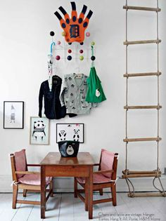 Children's room - Indoor ladder - Via Mommo Design Casa Kids, Deco Kids, Piece A Vivre, Kids Corner, Deco Design, Kid Spaces, Kids Decor, Boy Room, Kids Furniture