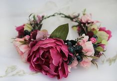 Burgundy Pink Peony Flower Crown was made inspired by Fall Nature. Thats why this Flower Halo combines deep burgundy and pink peonies with blueberries and green leafes. This Fall Head Wreath will be perfect Maternity Photo Prop or Bridal Crown. Size: Adjustable to fit all adults, tie back with a ribbon ♥ READY to ship IN 5-7 DAYS after purchase. ♥ + Beautiful high-quality materials + 100% handmade + All items will be made to order special FOR YOU ---> All of them are unique + Your item w...