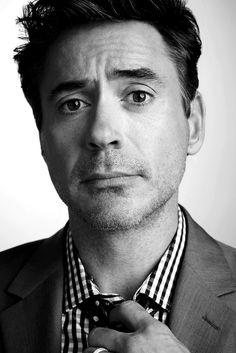 Black & White (beautiful-actors: Robert Downey Jr.)