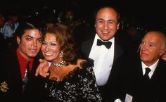 Michael Jackson, actor Danny Devito, italian actress Sophia Loren and director Carlo Ponti at the 4th Annual American Cinema Awards at Beverly Wilshire Hotel in Beverly Hills January 17 1987 | Curiosities and Facts about Michael Jackson ღ by ⊰@carlamartinsmj⊱