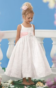 76a50ef3567a Ankle Length Flowers Girl Dresses Hand Made Flowers Junior Bridesmaid Gown  Sashes Little White Lace Dresses LD1650-in Flower Girl Dresses from Weddings  ...