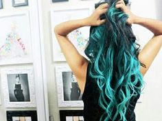 i love colored hair if its done like this aka well and with variation of highlights and its blended
