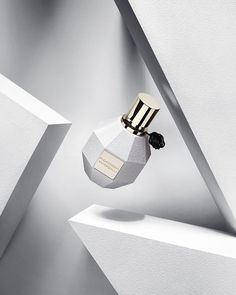 perfume - Flowerbomb by Viktor & Rolf, Rose D'Arabie by Armani Privé Photos by nikmirus Set Design by Oliver Stenberg Beauty Photography, Conceptual Photography, Advertising Photography, Commercial Photography, Still Life Photography, Product Photography, Cosmetic Photography, Armani Privé, New Yorker Mode