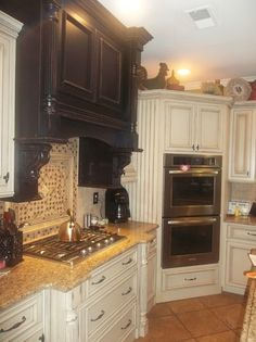 double oven in the corner...now there's a thought... | Dream house ...