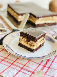 Food Cakes, Tiramisu, Cake Recipes, Cheesecake, Food And Drink, Mousse, Sweets, Lasagna, Healthy