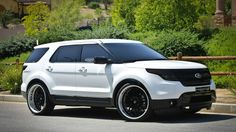 Ford Explorer #luxary_cars #cars
