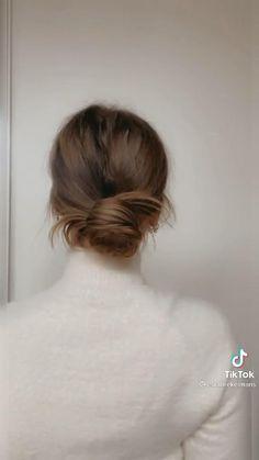 Pretty Hairstyles, Easy Hairstyles, Medium Hair Styles, Curly Hair Styles, Hair Upstyles, Hair Arrange, Aesthetic Hair, Hair Videos, Hair Day