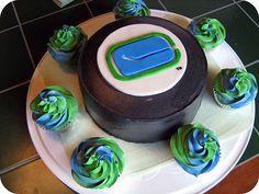 Sweet Little Treats: Holy Hockey Puck Cake, Batman! Hockey Birthday Parties, Birthday Treats, Hockey Party, Birthday Bash, Birthday Cakes, Yummy Treats, Sweet Treats, Hockey Cakes, Lion Cakes