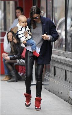 Miranda Kerr - Sneakers con la zeppa - Wedge sneakers