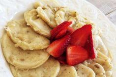 Plättar och pannkakor kan serveras i många olika varianter, tex bananpannkaka, ugnspannkaka, amerikanska pannkakor eller kanske helt vanliga pannkakor?