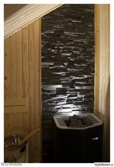 bastu,stenvägg,klinker,bastuaggregat,bastubelysning Home Spa Room, Spa Rooms, Sauna Design, Good House, Tall Cabinet Storage, Sweet Home, Bathtub, Shower, Bathroom