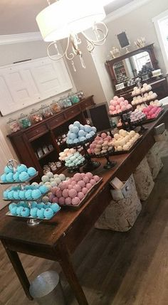 Bomb display at Bathhouse Soapery on historic Main St.Bath Bomb display at Bathhouse Soapery on historic Main St. Bath Bomb Packaging, Soap Packaging, Craft Fair Displays, Store Displays, Display Ideas, Booth Ideas, Vendor Table, Vendor Booth, Craft Stalls