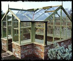 Deep In The Cornish Countryside....: Greenhouse Envy