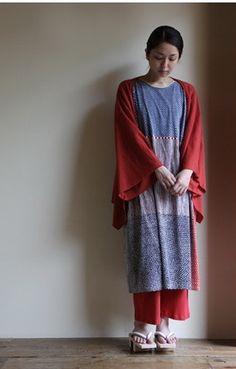 Long dress with geta