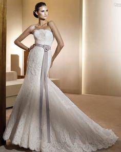 hay vestidos con elegancia como este