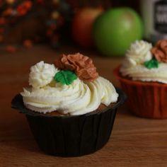 Apple Pie Moonshine Cupcakes Recipe - RecipeChart.com @Katrina Garrod Mamas gonna bake some cupcakes!!!