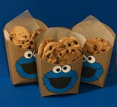 Cookie Monster cumpleaños 12 Party Cups Cookie Monster party favor Cookie Monster cake pop Sesame street First Birthday cookie monster cookie cookie party Cookie Monster Party, Monster Party Favors, Monster Invitations, Monster Cupcakes, Monster 1st Birthdays, Monster Birthday Parties, Elmo Birthday, Birthday Party Themes, Sesame Street Birthday Party Ideas