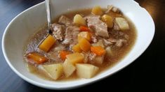 One pot wonder One Pot Wonders, Pot Roast, Gluten Free, Ethnic Recipes, Food, Carne Asada, Glutenfree, Roast Beef, Sin Gluten