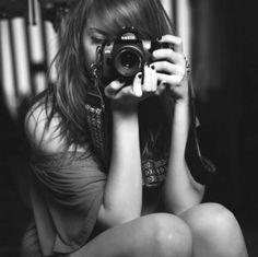 Black And White Camera Girl Photography Inspiring Picture On ...
