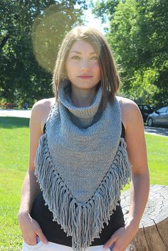 Perfect for fall! Make this gorgeous fringe cowl with Lion's Pride Woolspun!