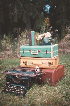 Photo shoot by Madison based studio Willow & Stone. Bohemian Wedding Inspiration, Boho Wedding, Rustic Wedding, Retro Wedding Theme, Retro Weddings, Vintage Suitcases, Vintage Typewriters, Retro Photography, Vintage Suitcase Photography