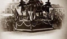 Photo by Alexander Gardner (best known for his astonishing photos of the Gettysburg battlefield)  showing one of the elaborate funeral procession platforms that carried   President Lincoln's Coffin (each city along the funeral route build their own)