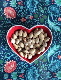 Paahdettuja & suolattuja pistaasipähkinöitä