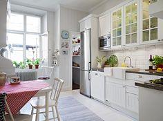 Decoração: Apartamento meio retrô meio romântico - Ler, Dormir, Comer...