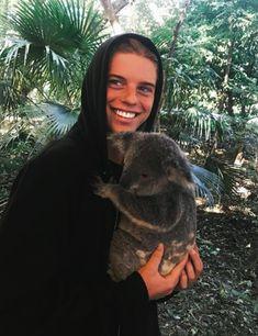 Aussie Alex Hayes