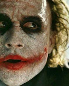 Joker the dark Knight tdk Le Joker Batman, Der Joker, Heath Ledger Joker, Batman Arkham City, Batman Comic Art, Joker Art, Joker And Harley Quinn, Batman Robin, Gotham City