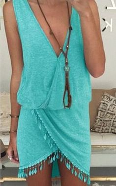 Perfect little vacation dress.