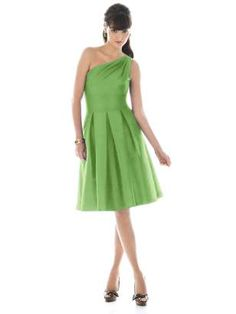 Definitely thinking lime green dresses for bridesmaids. Love the one strap