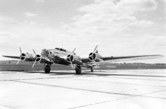 Boeing XB-17 (Model 299). (U.S. Air Force photo); The prototype Boeing B-17 Flying Fortress.