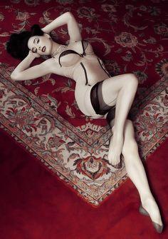 Dita Von Teese- vintage modelling inspiration