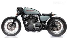 Deus 1200 V-Twin cafe racer Harley-Davidson custom motorcycle #harleydavidsoncaferacer
