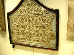 anne boleyns' tower   Tower of London: Anne Boleyn's needlework   Anne was a very talented at needlework. Beautiful detail and to think this piece is over 500 years old!