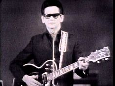 Music video by Roy Orbison performing Roy Orbison - Only the Lonely (Monument Concert 1965). (C) 2011 Sony Music Entertainment