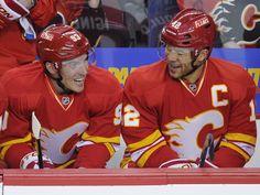 Calgary Flames - Michael Cammalleri and Jarome Iginla Calgary, Win Or Lose, Hockey Players, Nhl, Captain America, Coaching, Fire, Superhero, Awesome