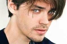 Tom Payne | We Heart It | the walking dead and tom payne