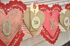 Lots of great ideas for St. Valentine's DIY decor!