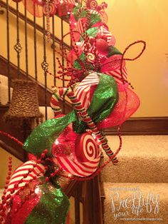 Prettify Your Life: Episode 67: My Christmas Staircase