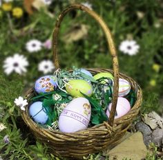 Easter Grass DIY Cut With a Pasta Machine from The Artful Crafter #thursDIY
