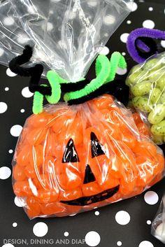 Easy Halloween Treats by designdininganddiapers.com