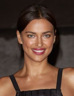 The real reasons Bradley Cooper and Irina Shayk broke up - Celebrities Female Irina Shayk Estilo, Top Models, Hair Models, Irina Shyak, Beauty Makeup, Hair Beauty, Russian Beauty, 2015 Hairstyles, Brunette Beauty