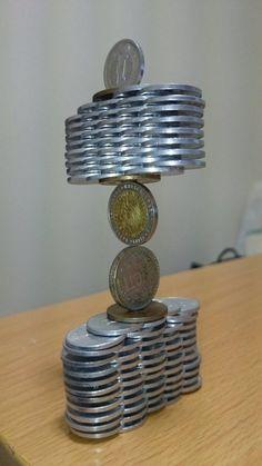 L'art d'empiler des pièces poussé à son plus haut niveau par cet internaute japonais