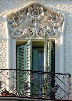 art nouveau carving above shuttered window balcony. Beautiful Architecture, Beautiful Buildings, Art And Architecture, Architecture Details, Barcelona Architecture, Art Nouveau, Art Deco, Gaudi, Architectural Elements