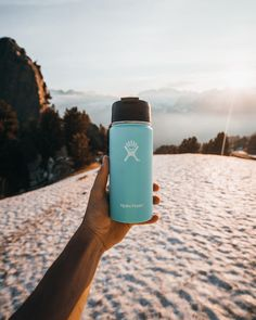 TIme to enjoy a hot drink! Cute Water Bottles, Best Water Bottle, Water Bottle Design, Drink Bottles, Hydro Flask Water Bottle, Summer Aesthetic, Stainless Steel Water Bottle, Drinking Water, Summer Vibes